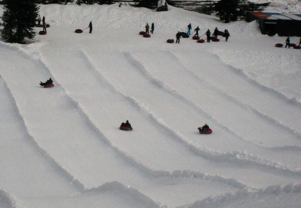 Tubing at the Summit at Snoqualmie. Photo by Becky Lomax.