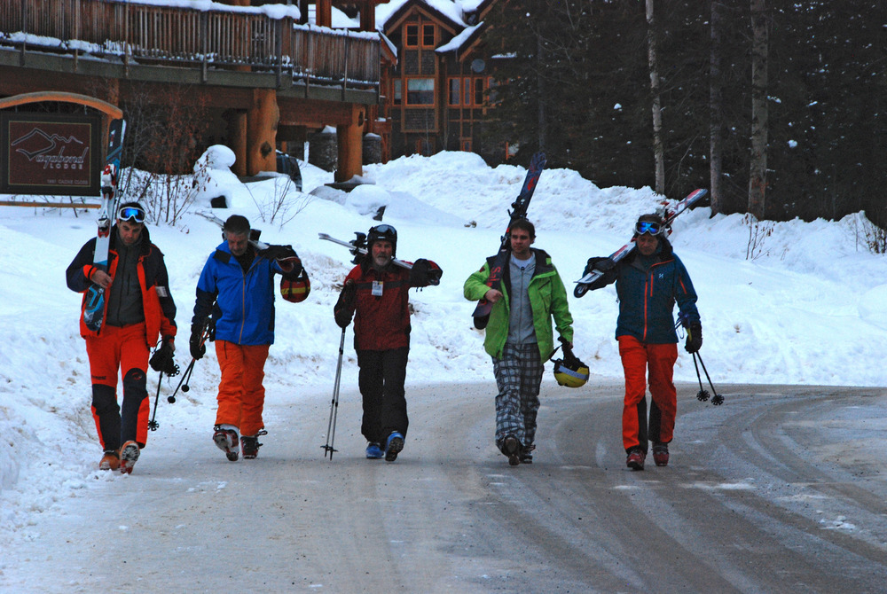 A group of skiers head to the slopes at Kicking Horse. Photo by Becky Lomax.