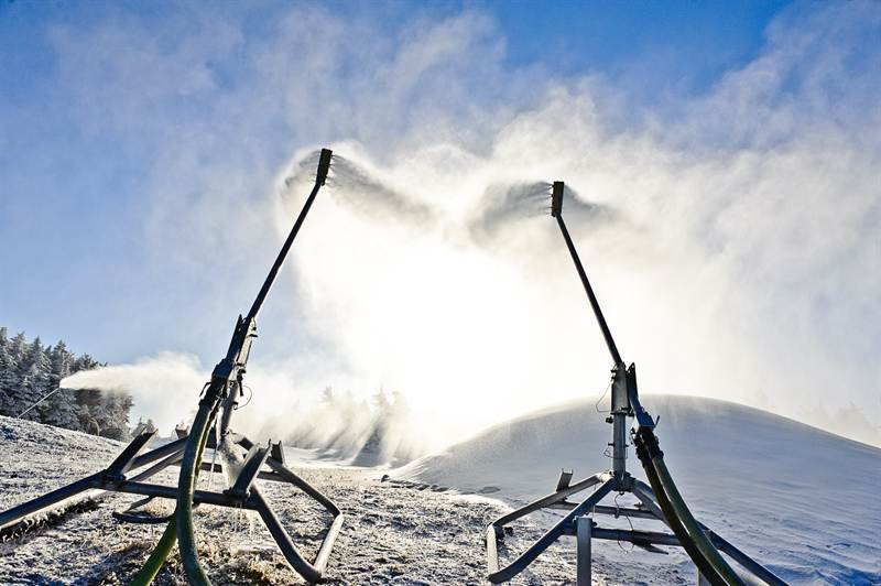 Snowguns blasting on the summit. Photo Courtesy of Stratton Mountain.
