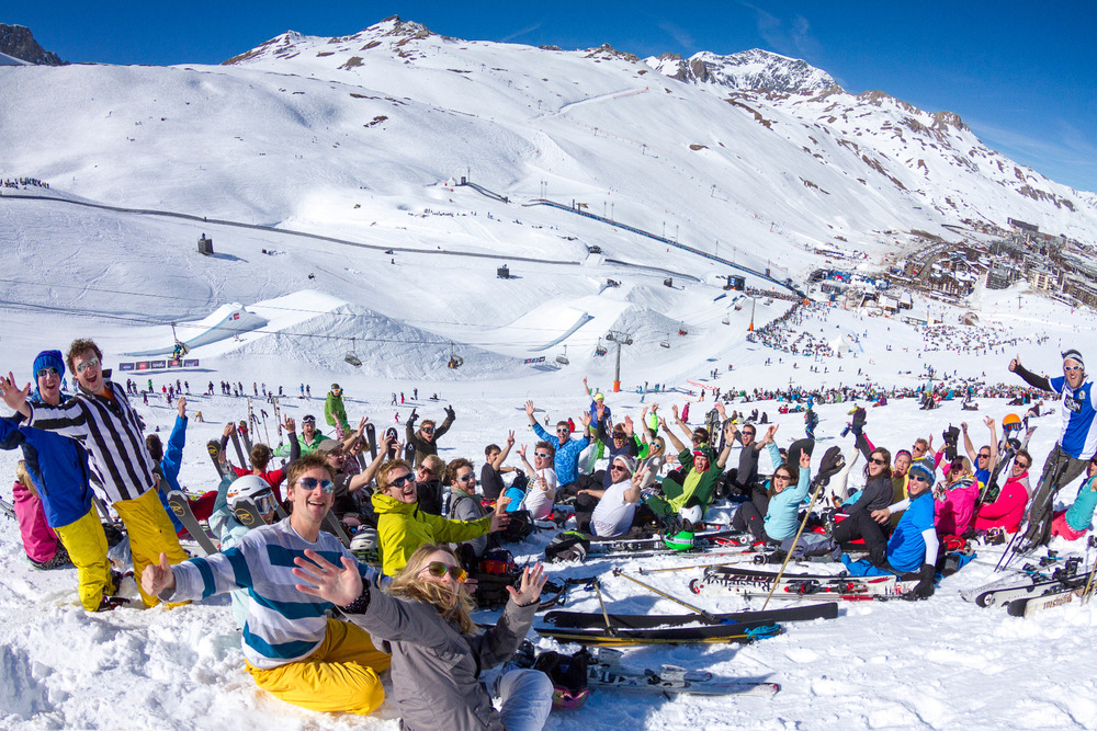 Skiing at Tignes - ©Tristan Shu