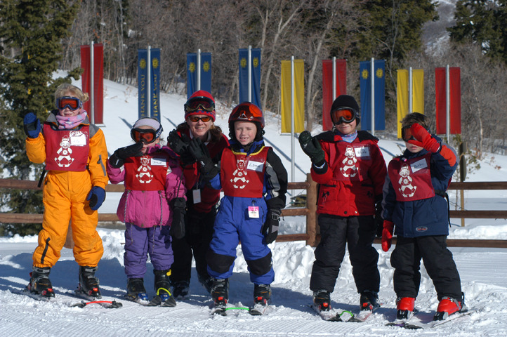Grizzly Cub Kids Ski School Group