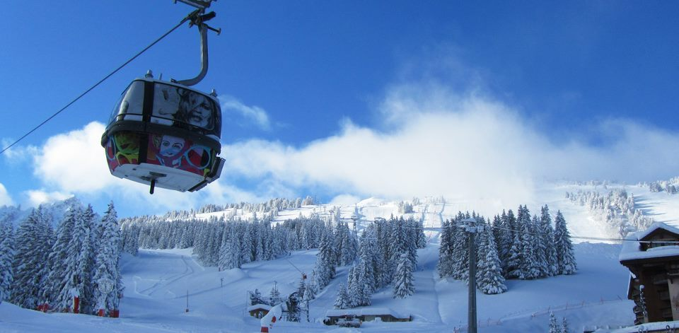 Blue skies on opening day in Courchevel. Dec. 8, 2012 - ©Courchevel