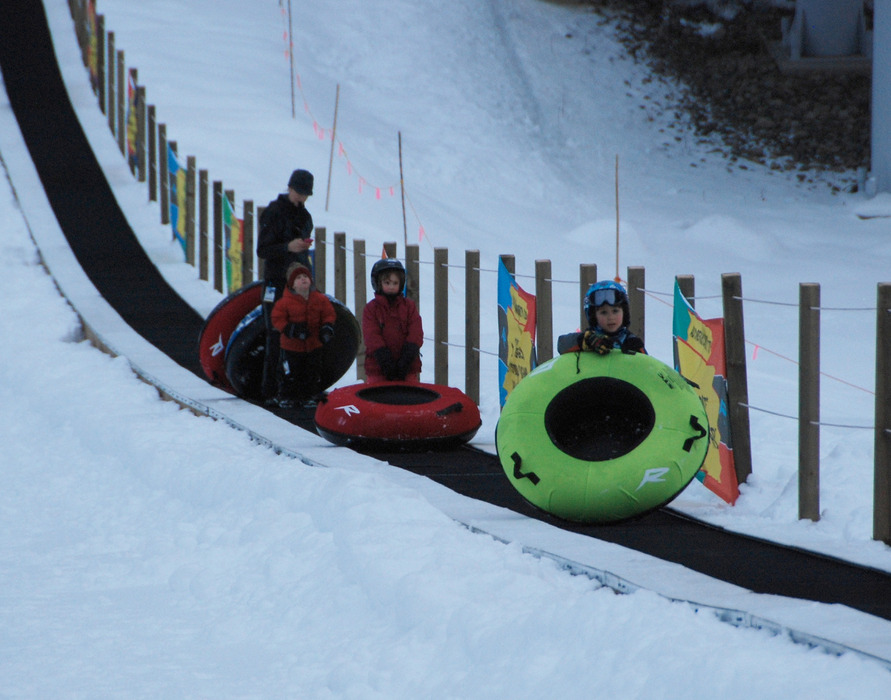 Tubing adds family-fun at Revelstoke. Photo by Becky Lomax.
