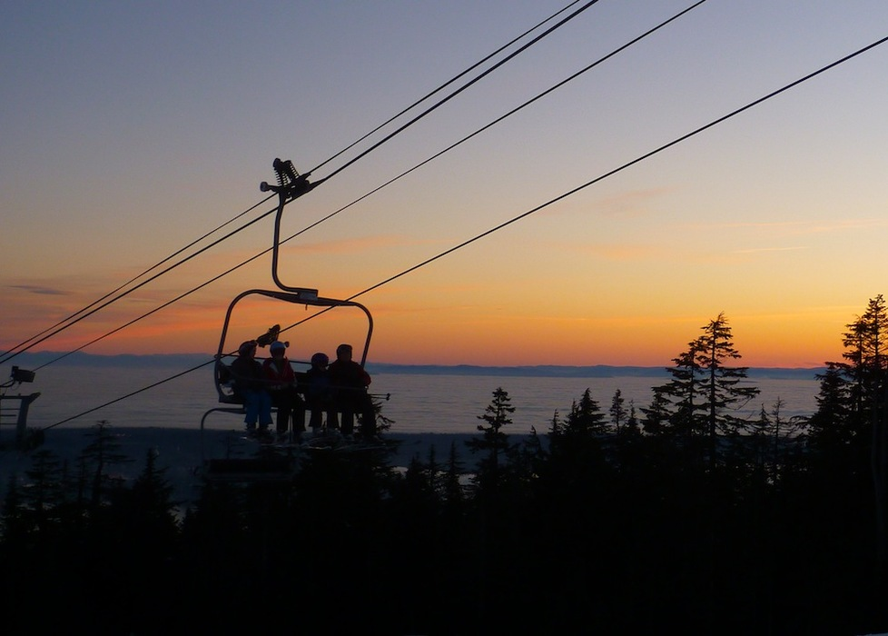 Sunset at Grouse Mountain. Photo by KCXD/Flickr.