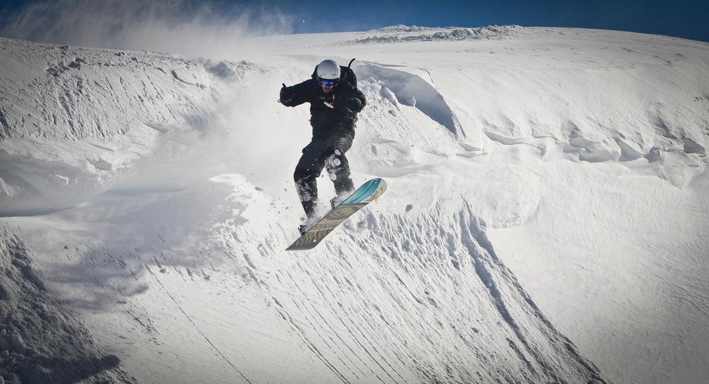 Dropping in at Tyax Lodge Heli-Skiing.