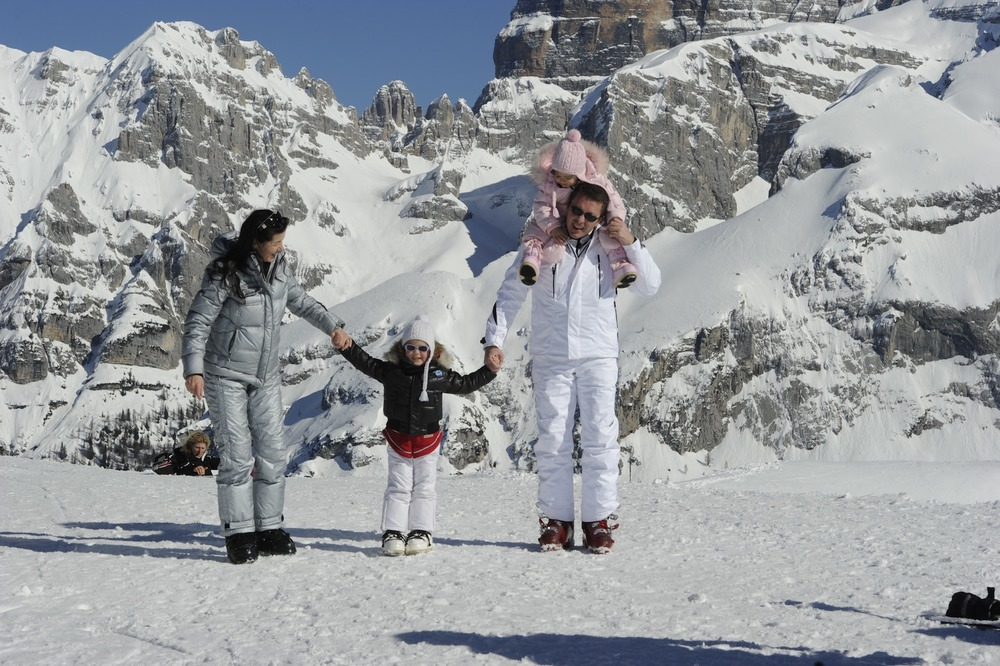 Find the perfect ski resort to fit your family