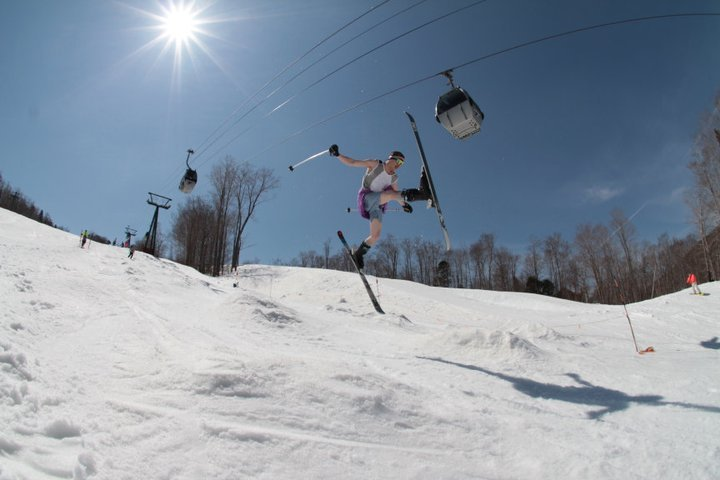 80s Day and Daffy's at Loon Mountain. - ©Courtesy of Loon Mountain
