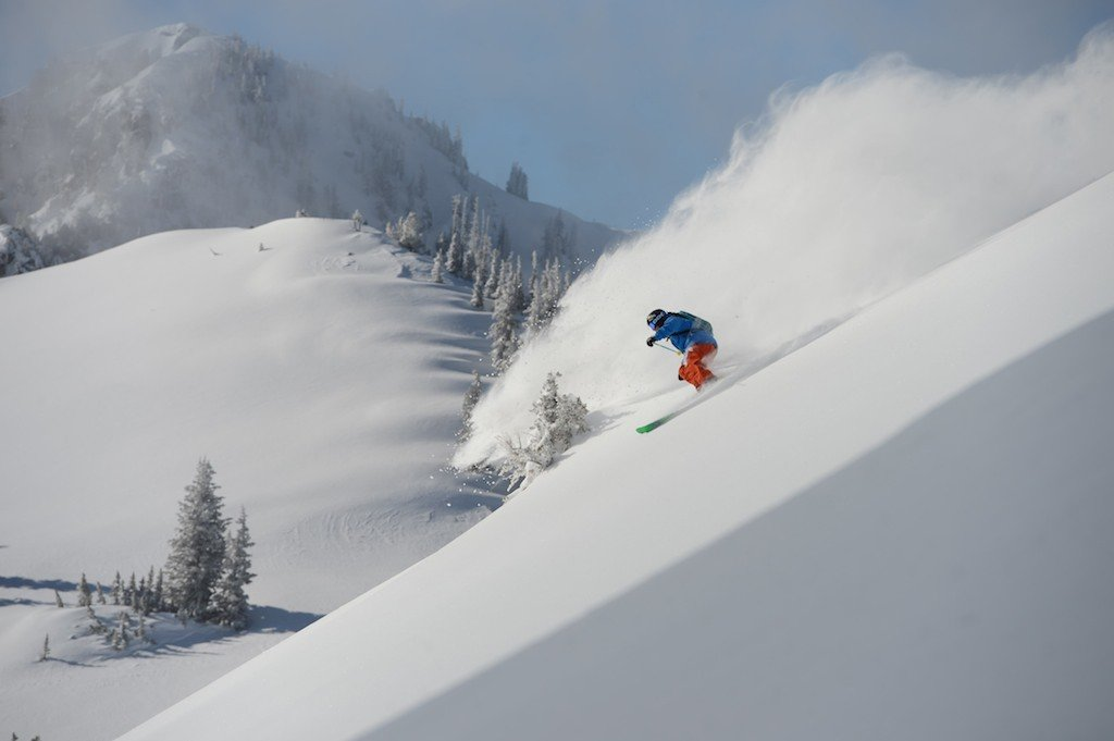 Tyler Peterson whipping up some blower pow on Feb 1. - ©Lee Cohen