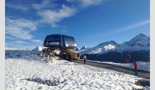 Arosa Lenzerheide - Podczas transportu konwój z nową gondolą musiał pokonać 360 ostrych zakrętów. - ©Facebook Arosa Snowpark Switzerland