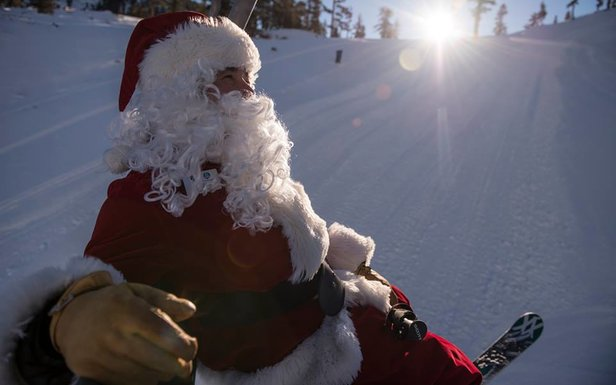 Santa enjoying the slopes of Alpine Meadows - ©Alpine Meadows