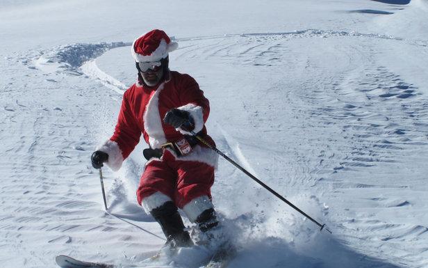 Blir det pudderkjøring med nissen til jul? - ©Breckenridge