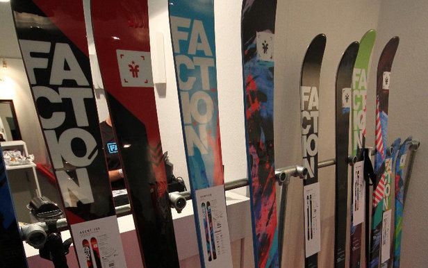faction skis erweiterung der candide thovex signature. Black Bedroom Furniture Sets. Home Design Ideas