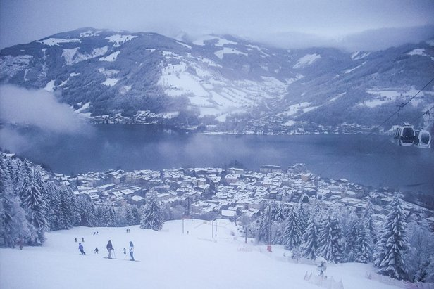 Snow clouds in Zell am See Feb. 9, 2014