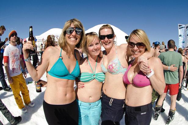Die besten Ski-Events zum Saisonende: Feiern, bis der Schnee schmilzt  - ©snowbombing.com/ TVB Mayrhofen