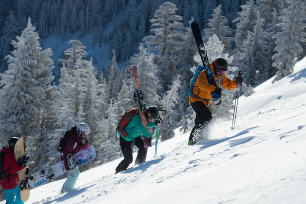 Advanced Backcountry Education - ©Big Mountain Skiing and Riding in the Cirque area of Kirkwood