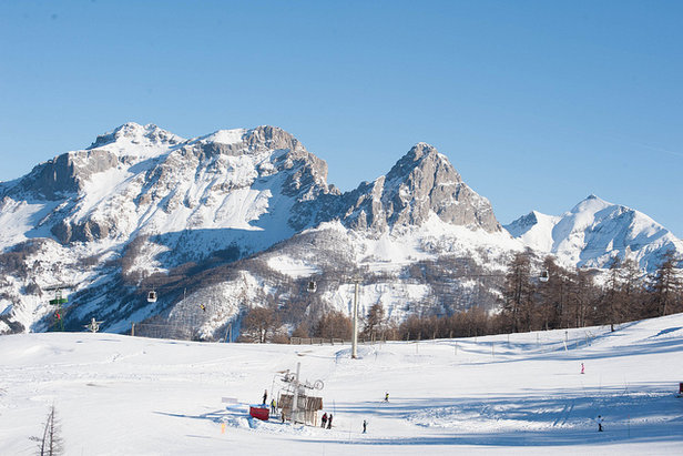 Plenty of space to ski in Pra Loup, France - ©Alpes de Haute Provence
