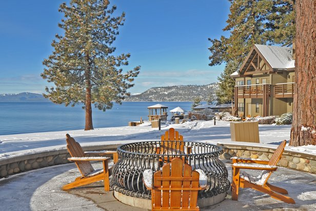 Infographic: Top 3 Lake Tahoe Resorts for Après - ©Hyatt Regency Lake Tahoe