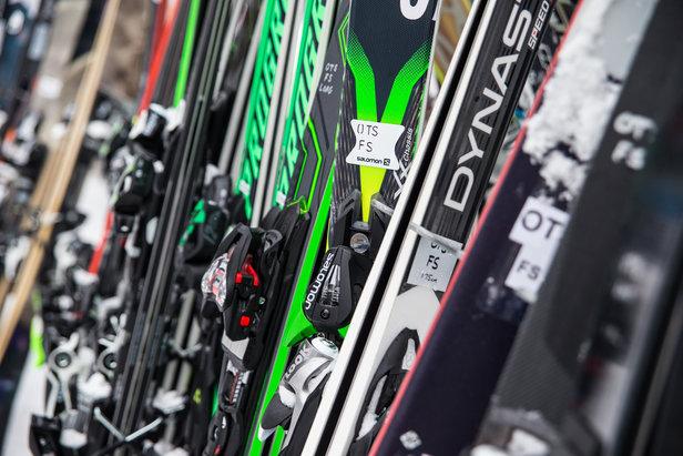 Bourses aux skis - ©Liam Doran
