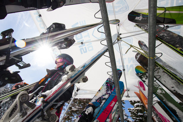 Tips Up: Expert Advice on How to Buy Skis - ©Liam Doran