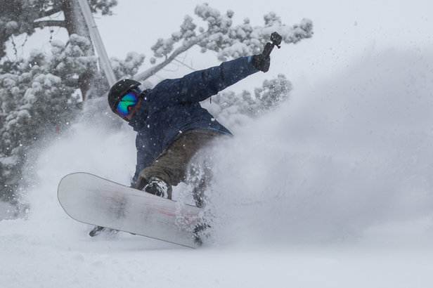 snowboarder enjoys fresh powder - ©Breckenridge Ski Resort
