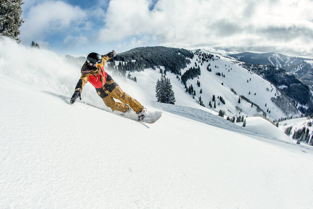 Guide to snowboarding - ©Vail Mountain Resort