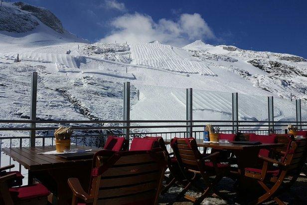Na Hintertux se už vrací zima, dnes napadlo dalších 10 cm prašanu! - ©facebook Hintertuxer Gletscher