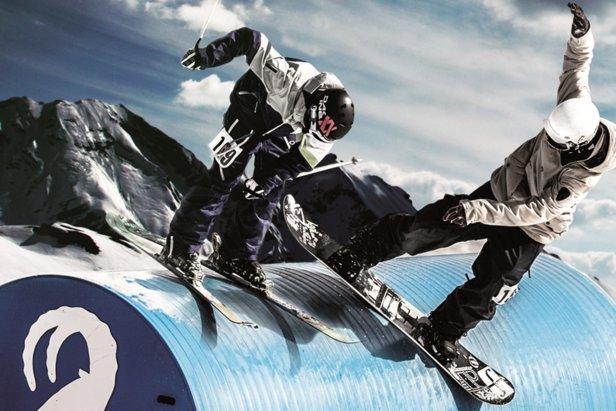 Na Kaunertalu po raz pierwszy otwarta zostanie półmilowa jib line – najeżony przeszkodami odcinek do akrobacji narciarskich o długości 800 metrów - ©Kaunertaler Gletscherbahn