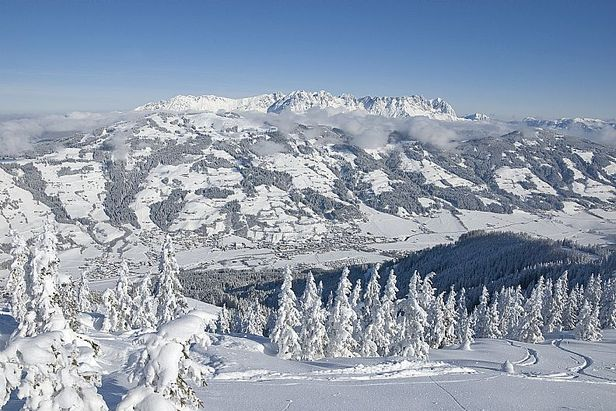 Wilder Kaiser AUT aerial panorama