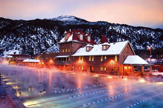 Sunlight Mountain Resort CO night pool