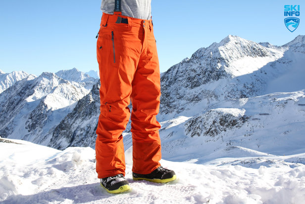 Wir testeten die Skihosen in diesem Winter am Stubaier Gletscher - ©Skiinfo