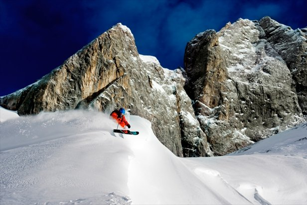Powder skiing among the craggy peaks of the Dolomites