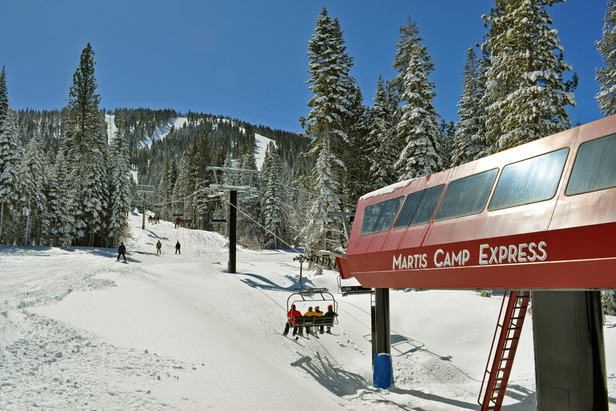 This near-exclusive lift is located in the gated development of Martis Camp. Home owners never have to wait in line and the access means no problem with parking and walking through the resort.
