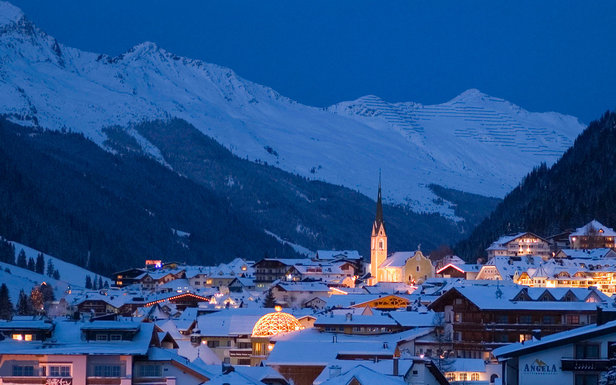 Most of Ischgl's slopes are above 2000m making for reliable snow cover - ©Eric Beallet