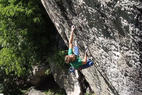Erstbegehung der schwierigsten Route in Südtirol: Michael Piccolruaz klettert Helmutant 9a