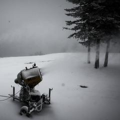 Snow continues to come down at Snowshoe