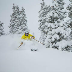 Skier enjoying the fresh powder in Aspen, early December 2013.