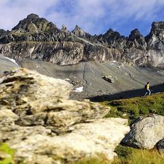 Wandertipp: Sardona-Welterbe-Weg (Etappe 6: Elm-Flims) - ©Graubünden Ferien