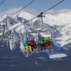 Lake Louise Ski Resort views - ©Henry Georgi