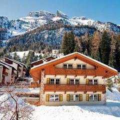 10 of the best family ski hotels & chalets - ©Crystal Ski