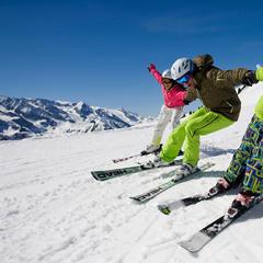 Familien-Skispaß - ©Zillertal Tourismus GmbH, Leo Himsl