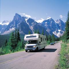 Zum Geburtstag kostenlos: Kanadas schönste Nationalparks  - ©Travel Alberta