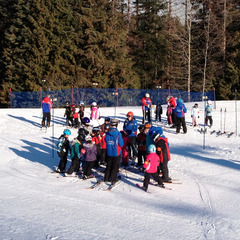 Ski school at 49 Degrees North. Photo courtesy of Ski NW Rockies.