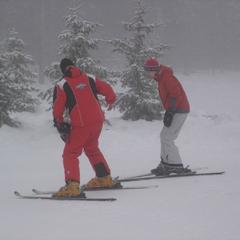 A ski lesson at Big White. Photo by Alexsandar/Flickr. - ©Alexsandar/Flickr