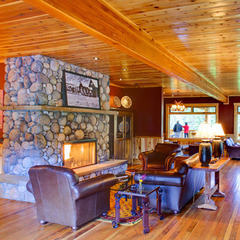 Top Lodging: Rainbow Ranch Lodge, Big Sky