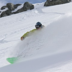 Deep powder with Whistler Heli-Skiing - ©Darryl Brennan