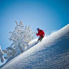 Hitting the steeps at Mount Ashland. Photo by Paul Clark/Black and Red Photography.