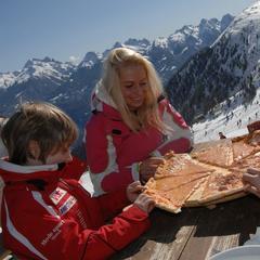Ski et gastronomie dans le Val di Fiemme - ©visitfiemme.it