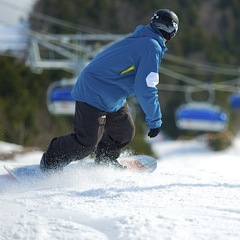 Crusing down the bubble chair lift line at Mount Snow. Photo Courtesy of Mount Snow.