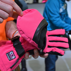 ISPO: 2013/14 Ski Gloves & Jackets