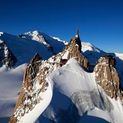 Aiguille du Midi summitof the summit of the Aiguille du Midi - ©Mario Colonel